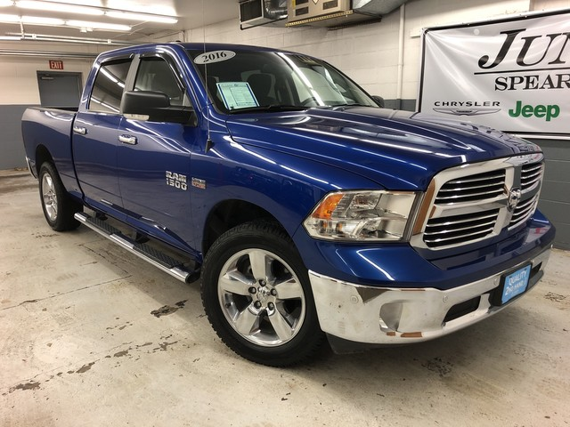Pre-Owned 2016 Ram 1500 CREW CAB Big Horn